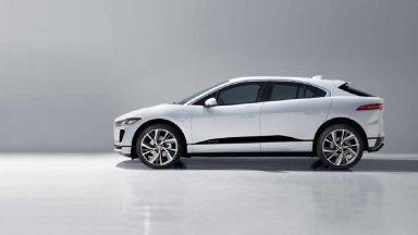 Jaguar I-Pace: si sperimenta la ricarica ad induzione