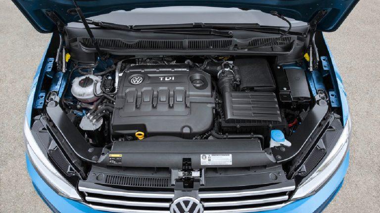 Foto del motore di Volkswagen Touran Touran 1.5 TSI EVO Business BMT DSG