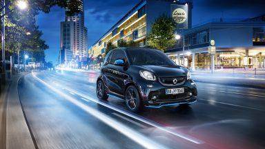 Mercato auto elettriche: luglio da record con un +70%