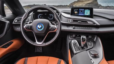 Apple CarPlay arriva gratis su tutte le BMW