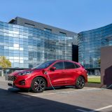 Ford Kuga: l'ibrido declinato in tre differenti versioni