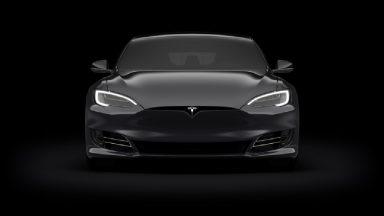 Tesla sfida la Borsa e nega il richiamo delle vetture