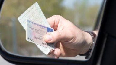 Guidatori neopatentati: per quanto tempo durano i limiti