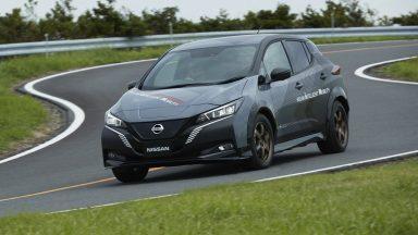 Nissan e-4orce: doppio motore elettrico e trazione integrale