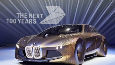 Addio BMW i8: il sogno del passato lascia spazio al futuro