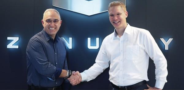 Antonio Neri e Dennis Nobelius, CEO di HPE e Zenuity