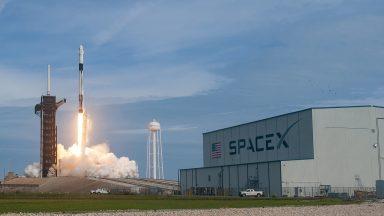 SpaceX sarà il primo vettore privato a volare verso la ISS