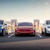 Tesla assume un manager Apple per rinnovare i Supercharger