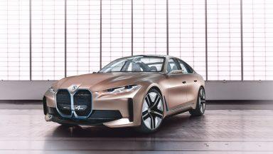 BMW Concept i4: la 4 porte elettrica in arrivo nel 2021