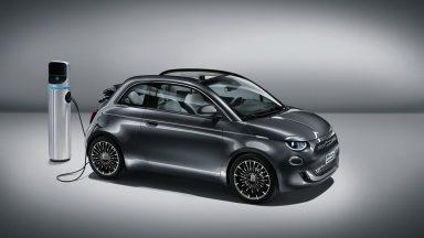 Fiat 500 elettrica: finalmente si può ammirare dal vivo