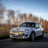 Mini Full Electric: debutta in Italia la Cooper SE