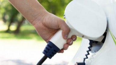 Auto elettriche: come trovare le colonnine sul navigatore