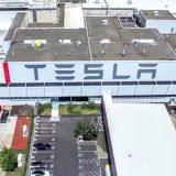 Tesla: pronta a vendere energia elettrica in Europa
