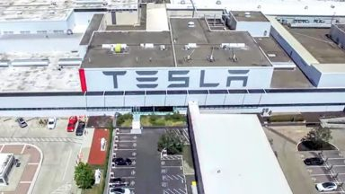 Tesla: accordo con Panasonic per la Gigafactory in Nevada
