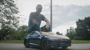 Volete vedere la Tesla Model S più piccola al mondo?