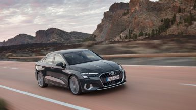 Audi A3 Sedan: look da coupé con tecnologia ibrida