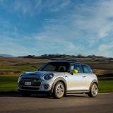 Mini Cooper SE: l'elettrica mantiene intatto lo stile