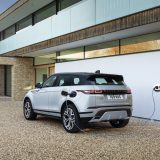 Evoque e Discovery Sport adesso disponibili plug-in hybrid
