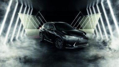 Lexus UX Hybrid: ecco l'esclusiva Midnight Edition