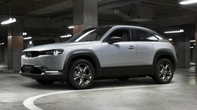 Mazda MX-30: è iniziata la produzione del SUV elettrico