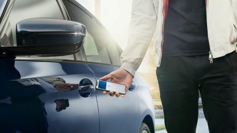 Apple CarKey BMW