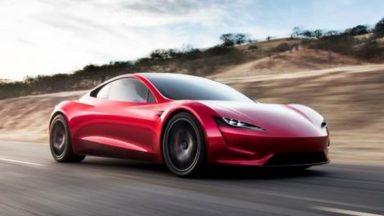 New Tesla Roadster: la produzione inizierà fra un anno