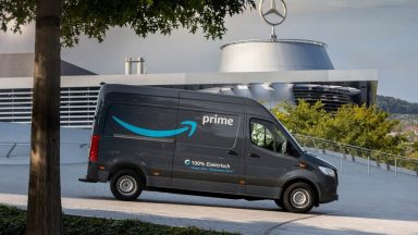 Mercedes: pronti 1.800 eVito ed eSprinter per Amazon