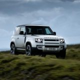 Land Rover Defender: col Model Year 2021 arriva l'ibrido