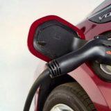 Bonus Auto: 3500 € per chi la converte in elettrica