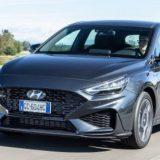 Hyundai i30: ecco il restyling pieno di motori Hybrid