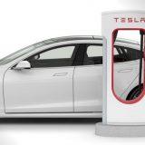 Tesla: addio supercharger gratis, ecco cosa cambia