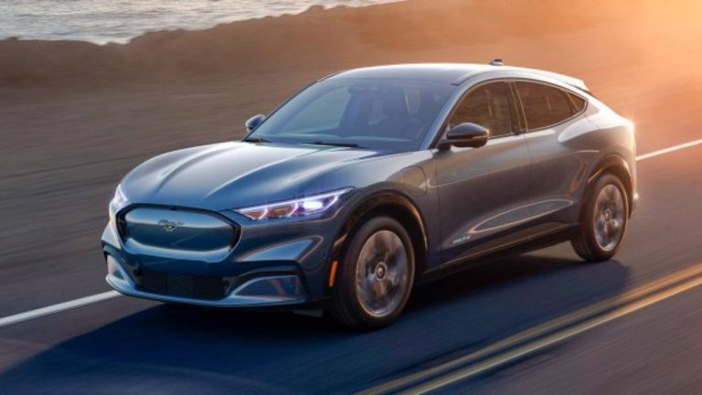 Ford-Mustang-Mach-E: sarà la base di un nuovo veicolo elettrico