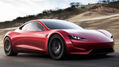 Tesla Roadster, la produzione inizierà solo nel 2022