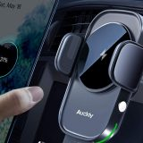 Auckly, il supporto auto con ricarica wireless