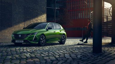 Peugeot 308: la terza generazione della compatta del Leone