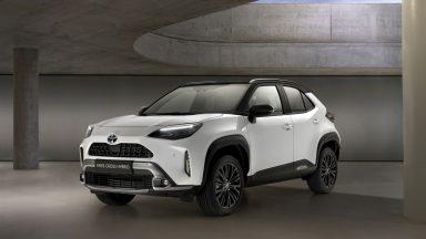 Nuova Toyota Yaris Cross: le speciali Adventure e Premiere