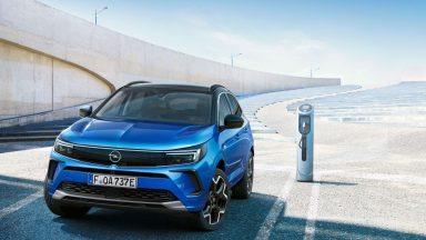 Opel Grandland: parte la prevendita della nuova SUV compatta