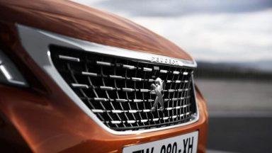 Peugeot 3008: il restyling del SUV sarà svelato a settembre