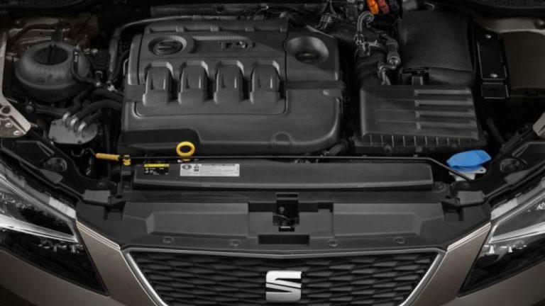 Foto del motore di SEAT Leon Leon 1.6 TDI 115cv BLACK EDITION