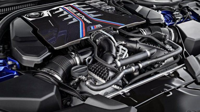 Foto del motore di BMW M5 Berlina
