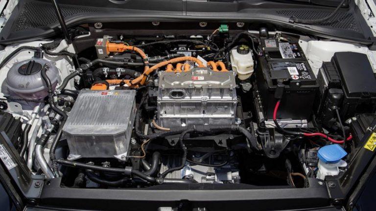 Foto del motore di Volkswagen Golf 2012 Golf 2012 1.5 TSI ACT Sport BMT