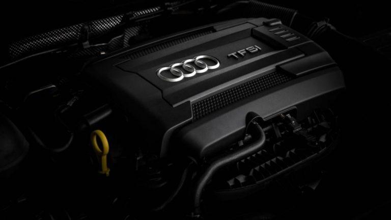 Foto del motore di Audi TT RS Roadster TT RS Roadster 2.5 TFSI quattro S tronic RS