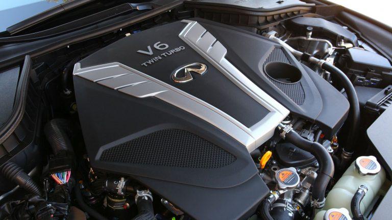 Foto del motore di Infiniti Q60 Q60 3.0t S Sport Tech auto AWD