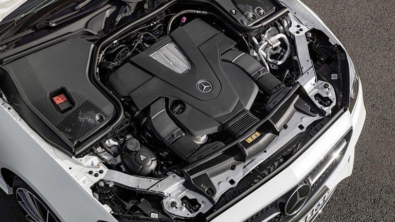 Foto del motore di Mercedes-Benz Classe E Classe E E400d Auto Sport
