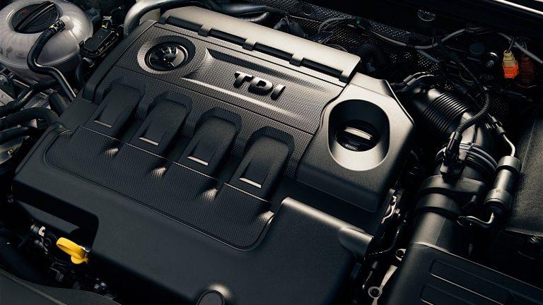 Foto del motore di Skoda Octavia Octavia 2.0 TDI SCOUT DSG 4WD