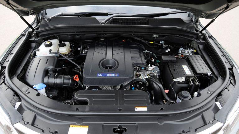 Foto del motore di SsangYong Rexton Rexton 2.2 Road 2WD M/T