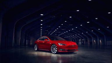 Tesla: Audi ammette la superiorità della Casa americana
