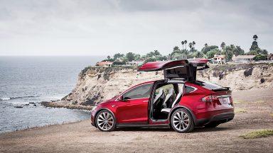 Tesla: ecco i primi dettagli del progetto Roadrunner
