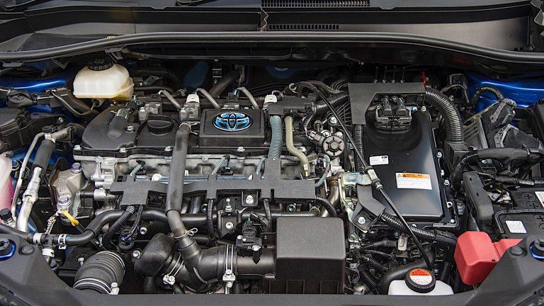Foto del motore di Toyota C-HR C-HR 1.8H (122CV) E-CVT Lounge