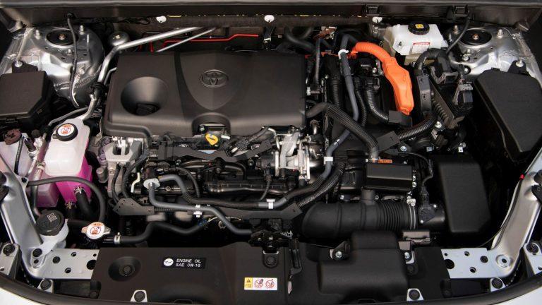 Foto del motore di Toyota RAV4 RAV4 2.5 HV 218cv E-CVT Lounge 2WD